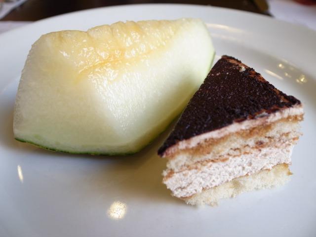 メロンとケーキ