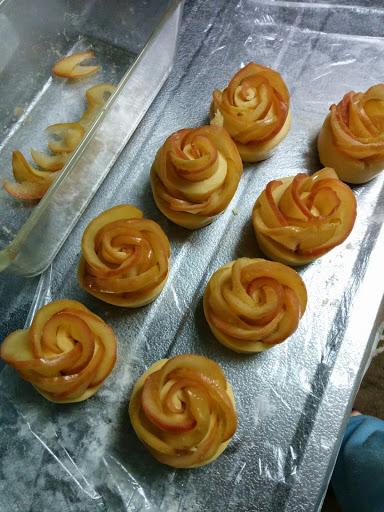 薔薇のアップルパイを8個分