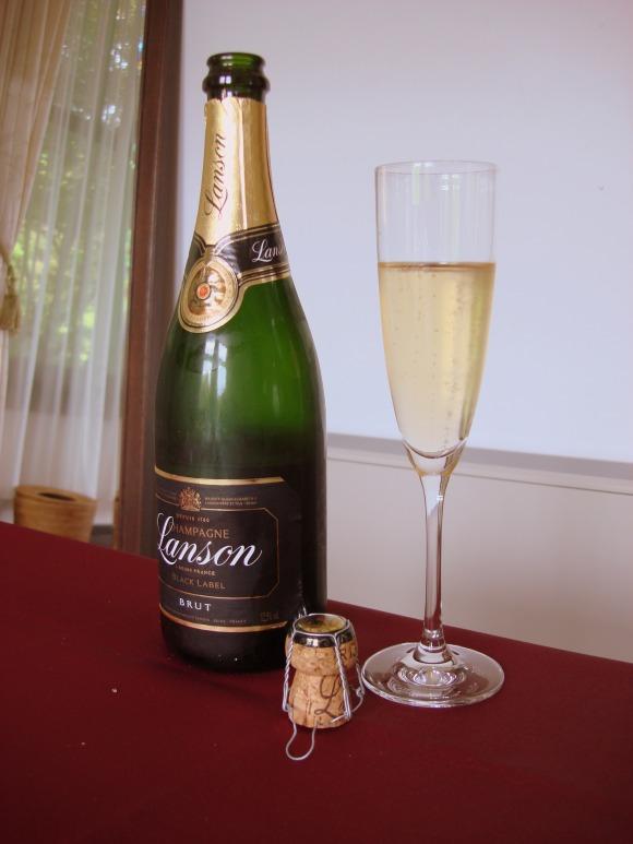 """""""シャンパン</p"""