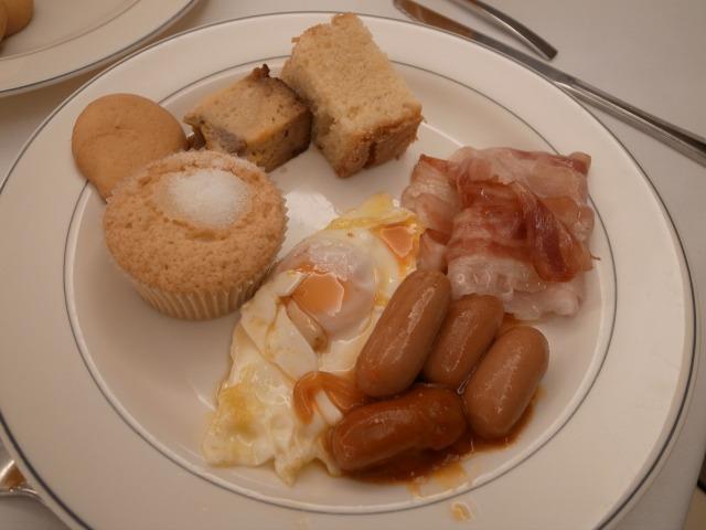 """""""朝食@AHグラナダパレス</p"""
