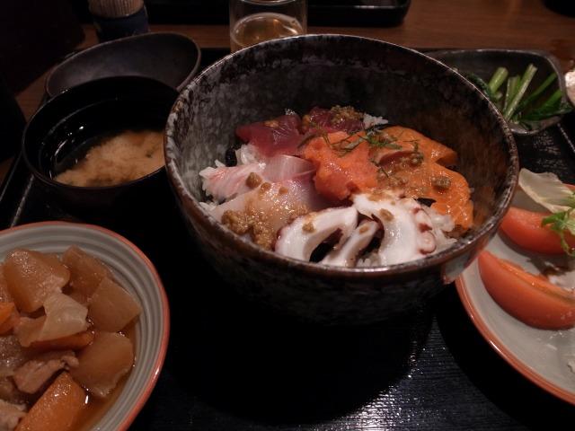 """""""海鮮丼@博多ぬくぬく家</p"""