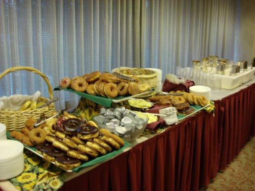 """""""ウィルシャーグランドホテルで朝食</p"""